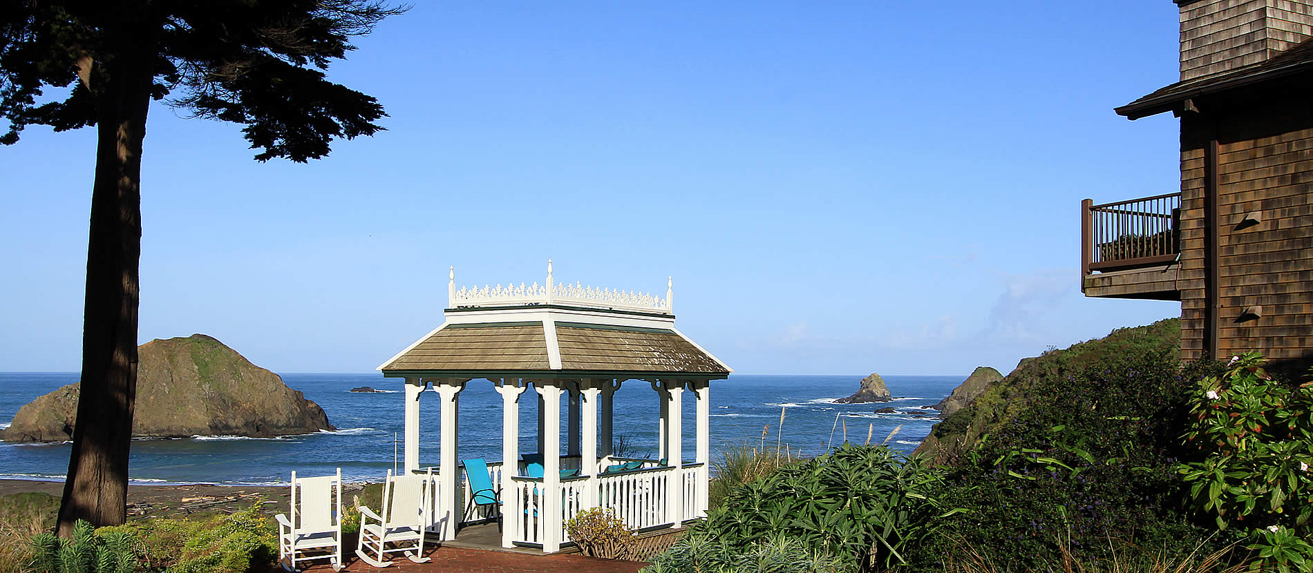 mendocino oceanfront bed and breakfast elk cove inn gazebo