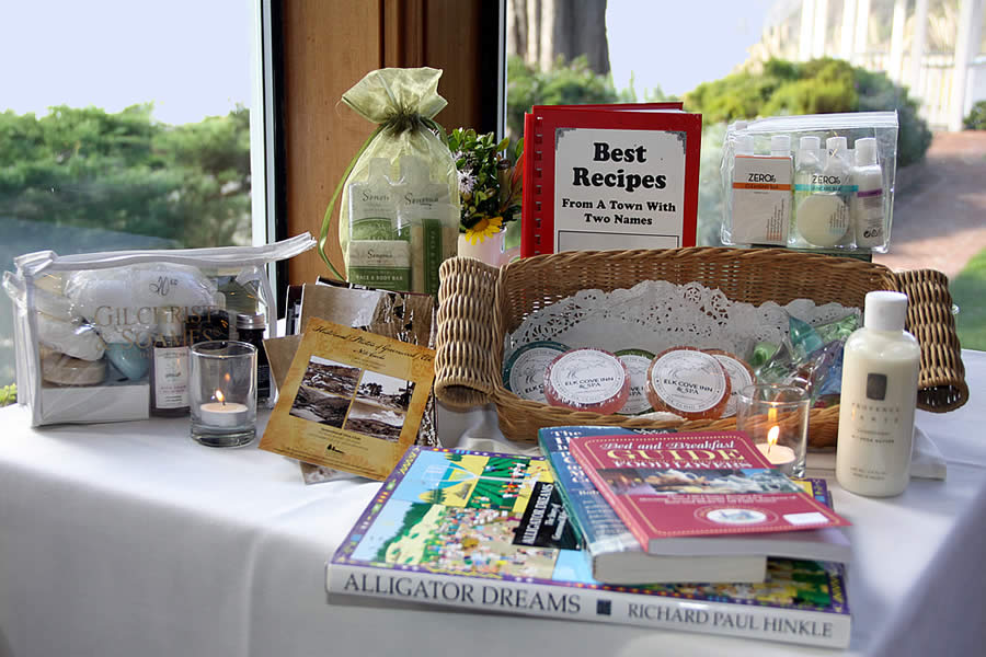 mendocino coast lodging - elk cove inn gift items