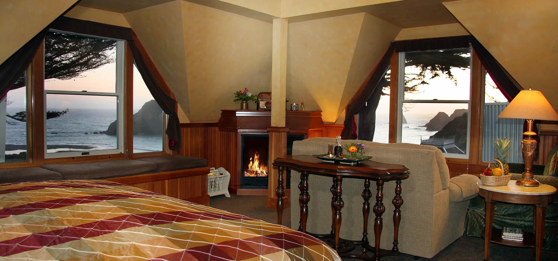 seascape room at elk cove inn with ocean view
