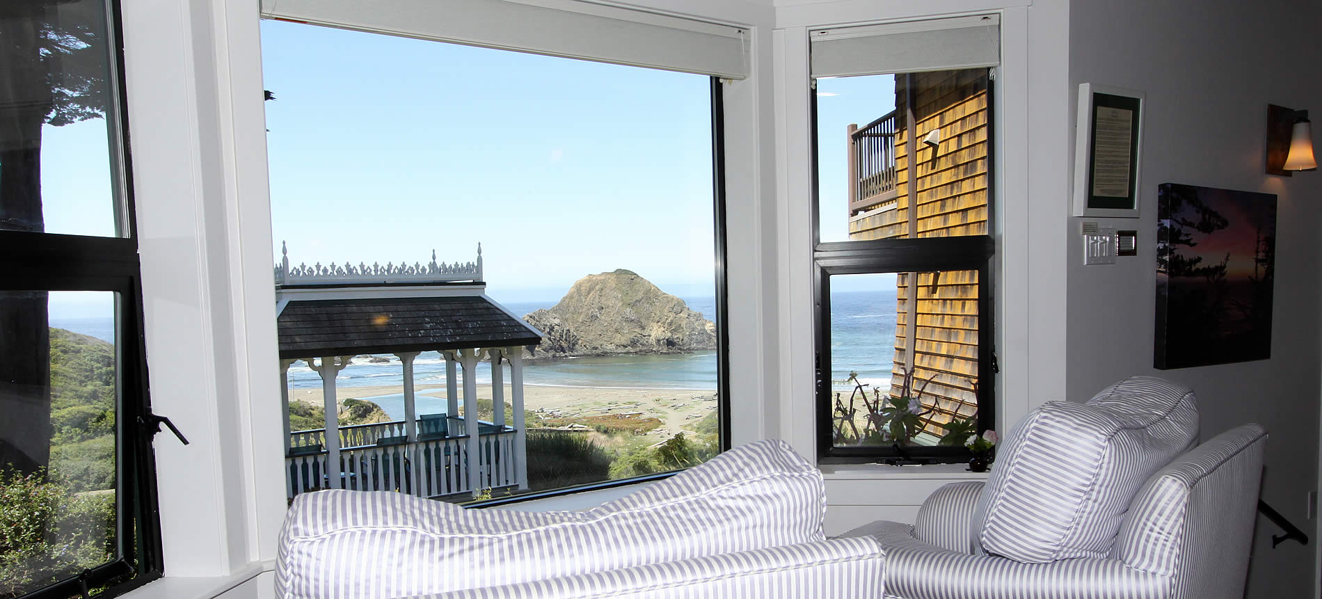 wavewatcher room at elk cove inn with stunning ocean views