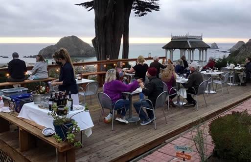 mendocino coast lodging - elk cove inn dining deck